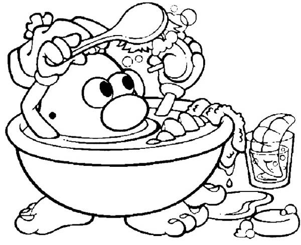 Mr. Potato Head, : Mr. Potato Head Take a Bath Washing His Nose Coloring Pages