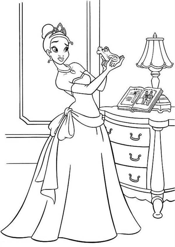 Princess and the Frog, : Princess Tiana Bring Frog Her Room in Princess and the Frog Coloring Pages