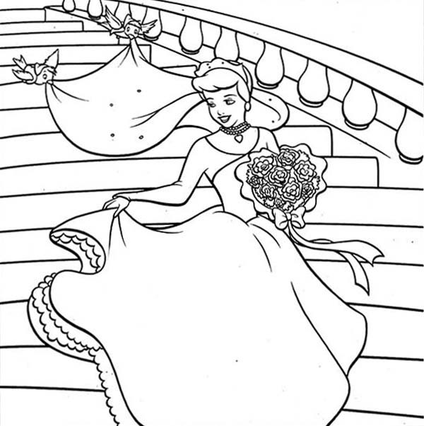Princesses Birthday, : Princesses Birthday Party Cinderella is so Happy Coloring Pages