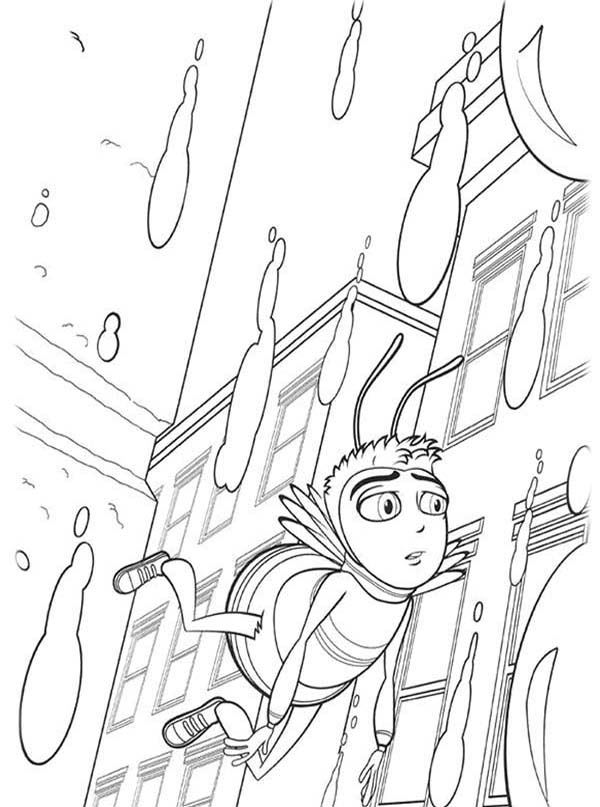 Bee Movie, : Barry Flying Through the Rain in Bee Movie Coloring Pages