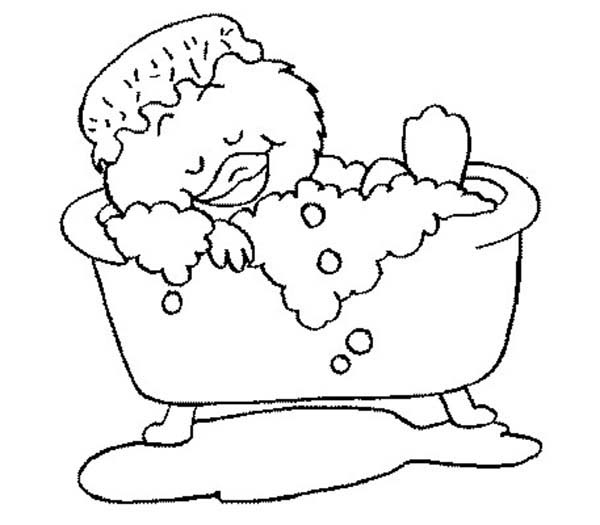 Bath, : Funny Duckling is Sleepy Bath Time Coloring Pages