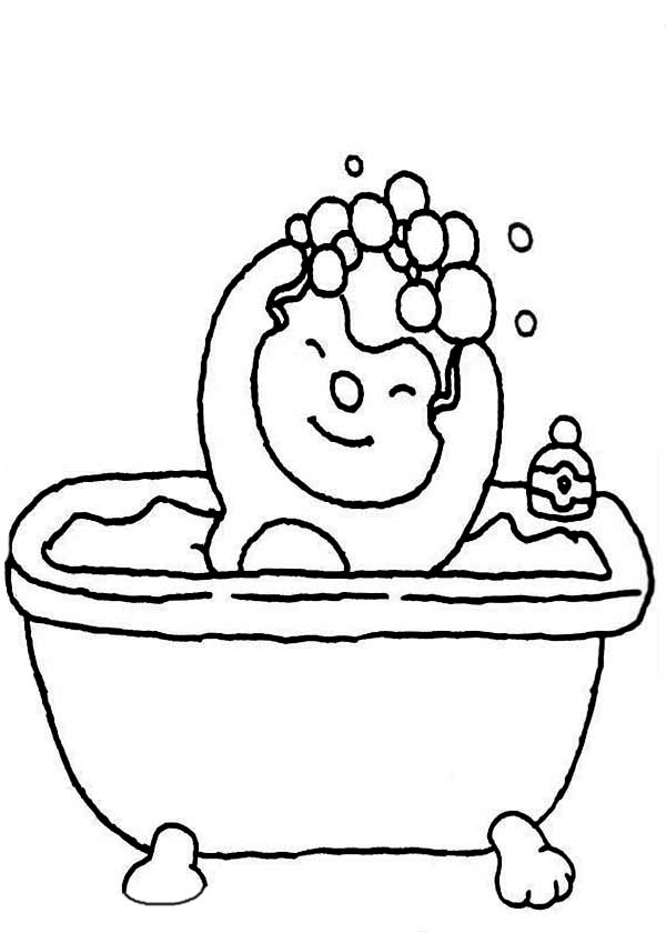 Bath, : Little Boy Use Shampoo in Bath Coloring Pages