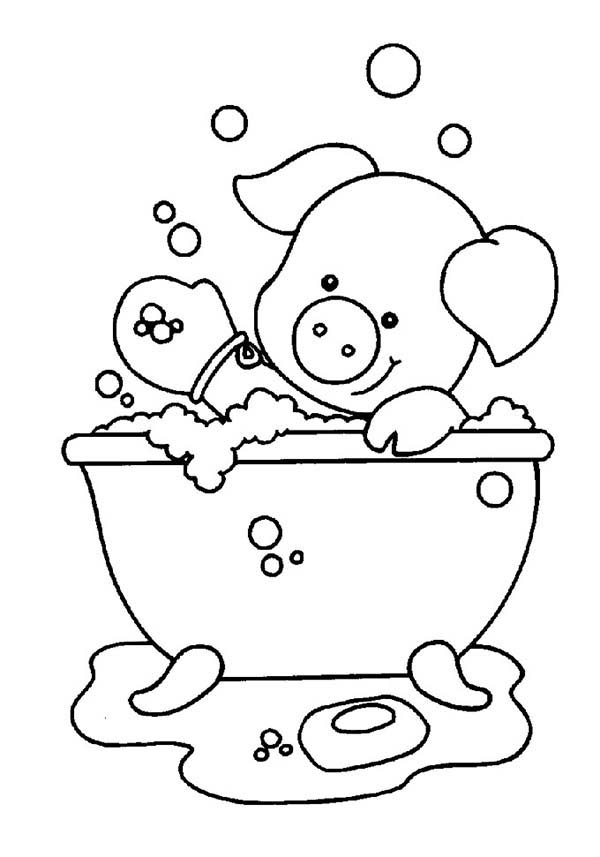 Bath, : Piggy Playing Soap While Take a Bath Coloring Pages