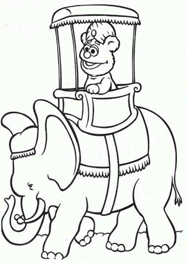 The Muppets, : Little Fozzie Rize an Elephant The Muppets Coloring Pages