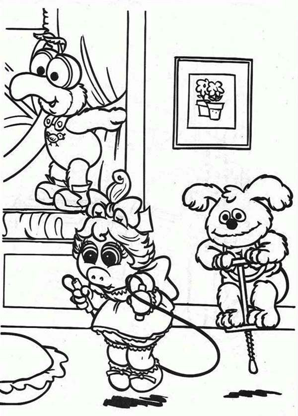 Muppet Babies, : Muppet Babies Playing with Friends in Living Room Coloring Pages
