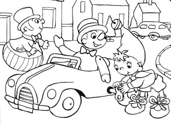 Noddy, : Noddy Play in the Town Coloring Pages