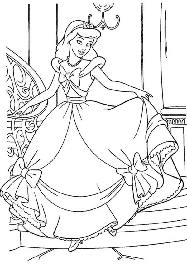 Princesses Birthday, : Cinderella is Happy with Her Gown in Princesses Birthday Coloring Pages