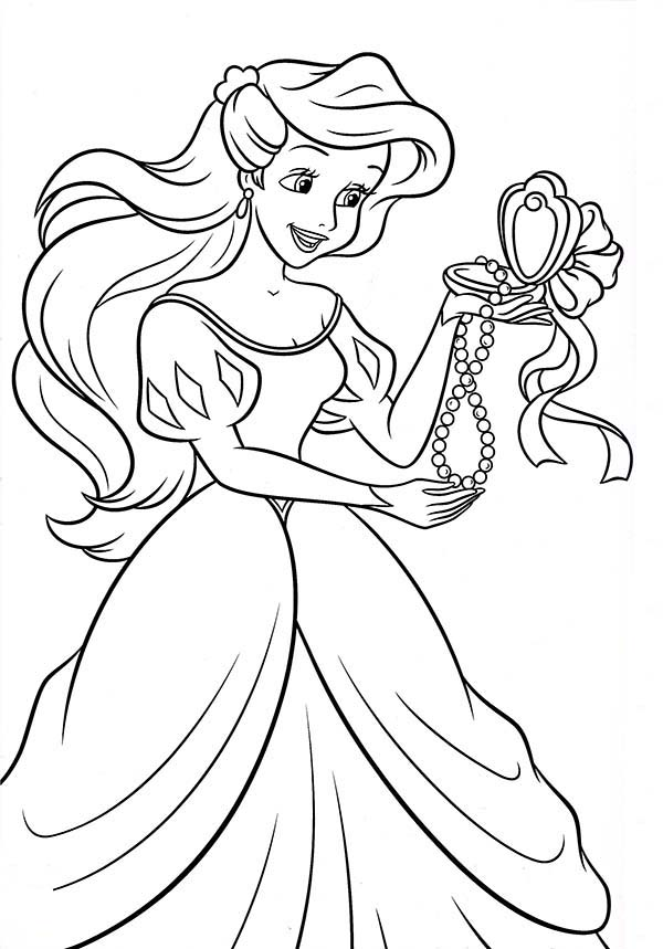 Princesses Birthday, : Princess Ariel Open Up Her Present in Princesses Birthday Coloring Pages