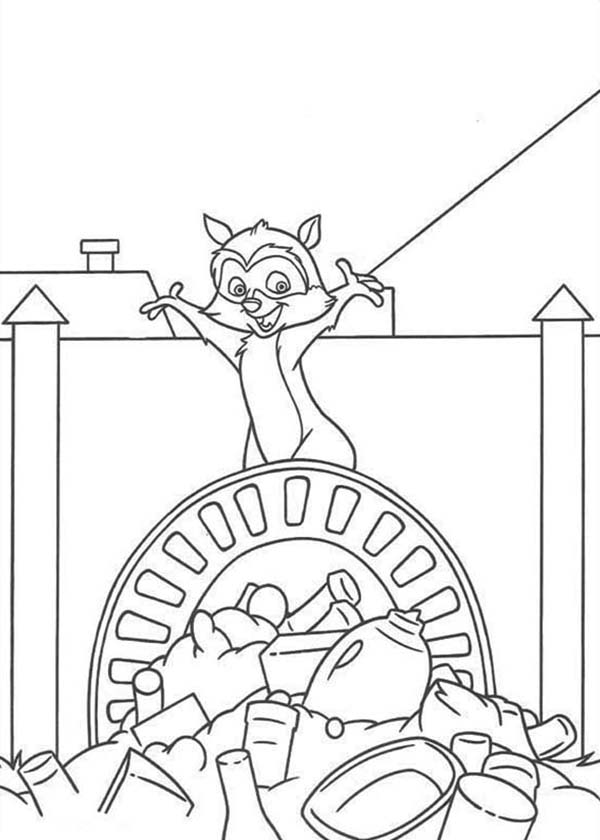 Over the Hedge, : RJ Standing on Piles of Garbage in Over the Hedge Coloring Pages