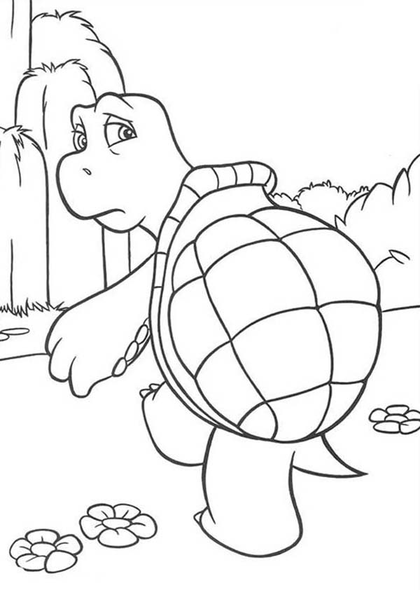 Over the Hedge, : Verne is Sad in Over the Hedge Coloring Pages