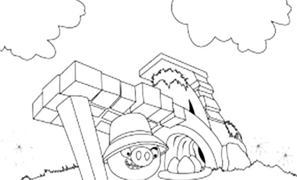 Angry Bird Pigs, : Angry Bird Pigs Hiding Inside Castle Coloring Pages