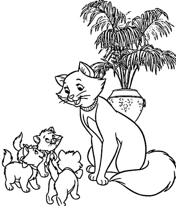 Aristocats, : The Aristocats Duchess Gather Her Childrens Coloring Pages